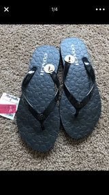 coach flip flops new in Fort Lewis, Washington