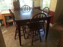 Dining table & 4 chairs in Byron, Georgia