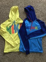 Junior's Small Nike Hoodies in Chicago, Illinois