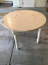 Vintage Table in Naperville, Illinois