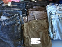 10 pairs of size 10 womens pants in Alamogordo, New Mexico