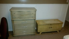 Dresser and chest in Byron, Georgia