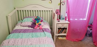 Girls bedroom set in Fort Campbell, Kentucky