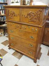 Antique Scarritt Furniture St Louis Oak Dresser in Fort Leonard Wood, Missouri