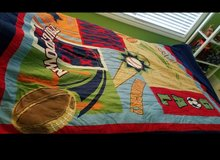 Twin quilt and 1 sham in Elgin, Illinois