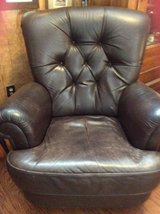 Oversized Brown Leather Chair in Dover, Tennessee