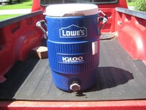 5 GALLON WATER / ICE COOLER --IGLOO / LOWES in Cherry Point, North Carolina