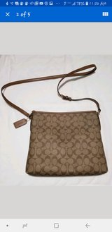 Coach signature file bag crossbody in Fort Lewis, Washington