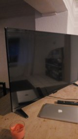 50 inch smart 1080p led fhdtv in Ramstein, Germany