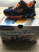 Boys size 11 Sketcher 'sketch-air' shoes! in Chicago, Illinois