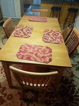 Dinette table/4 chairs in Beaufort, South Carolina