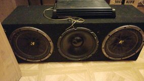 3 10s in box with amp in Fort Polk, Louisiana