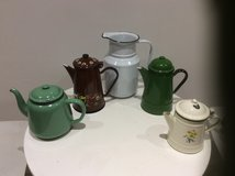 VINTAGE ENAMELWARE / CANALWARE ITEMS in Lakenheath, UK