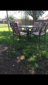 5 pc outdoor table set in Fort Bliss, Texas