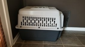 Dog Crate in Fort Campbell, Kentucky