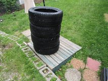 Snow Tires in Glendale Heights, Illinois
