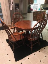 Table and 4 chairs in The Woodlands, Texas