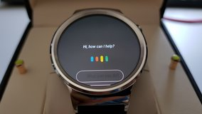 Android Smart Watch, Like New Condition in Ramstein, Germany