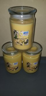 3pc large candle bundle in bookoo, US