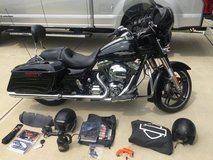 2016 Harley Davidson Street Glide Special in Fort Bragg, North Carolina