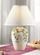 new Table Lamp in creme color with Flower Design in Ramstein, Germany