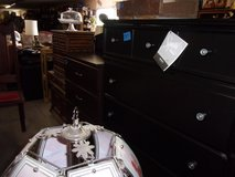 Five Drawer Ashley Design Chest of Drawers in Fort Riley, Kansas