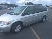 2006 Chrysler Town and Country van in Lake Charles, Louisiana