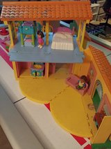 Dora talking house and lots of extras in Bolingbrook, Illinois