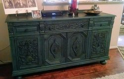 Beautiful Hutch or Entertainment piece. in Fort Hood, Texas