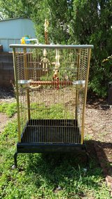 Very Large Bird Cage with terracotta perches and industructible toys Price reduced in Alamogordo, New Mexico