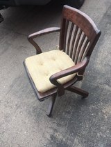 antique desk chair in Alamogordo, New Mexico