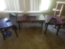 Coffee and end table set in DeKalb, Illinois