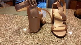 Rose gold shoes in Beaufort, South Carolina
