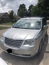 2009 Town Country minivan in Kingwood, Texas