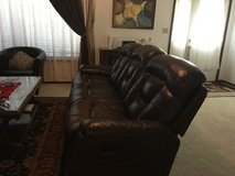Reclining couch leather in Fort Leonard Wood, Missouri