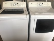 Kenmore Elite washer and dryer electric in Kingwood, Texas