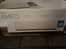 Silhouette Cameo 2 like new in box in Camp Lejeune, North Carolina
