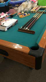 Pool Table - 6 Feet - comes with everything on table in Fort Leonard Wood, Missouri