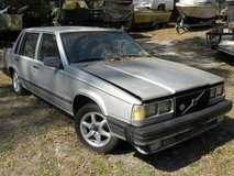 1984  VOLVO---CHEVY Tuned Port Small Block Conversion in Camp Lejeune, North Carolina