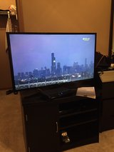 Samsung 39 in. Tv in Naperville, Illinois