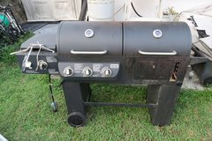 gas grill/charcoal grill/side burnner/gas tank in Okinawa, Japan