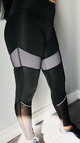 HIGH QUALITY WORKOUT LEGGINGS AND SETS in San Bernardino, California