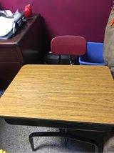 kids desk in Plainfield, Illinois