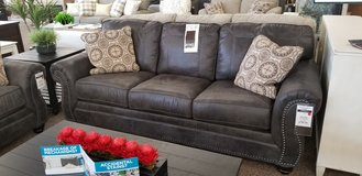 20% OFF SET SOFA AND LOVESEAT in Cherry Point, North Carolina
