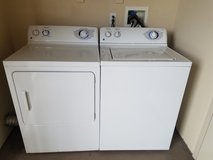 washer and gas dryer in Camp Pendleton, California