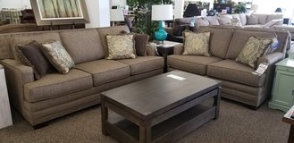 20%OFF SET SOFA AND LOVESEAT! in Cherry Point, North Carolina