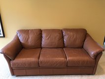 Leather couch - reduced in Orland Park, Illinois