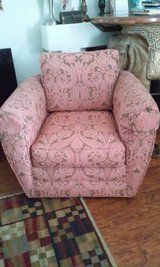 Spinning Comfortable Chair in Sugar Grove, Illinois