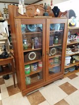 Antique Oak Display Cabinet in Fort Leonard Wood, Missouri