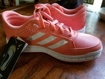 Girls Adidas size 1 in bookoo, US